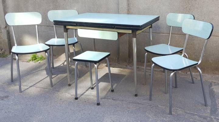 Table Vintage En Formica Vert Emeraude 4 Chaises Et Un Tabouret Annees 60 Chaise Vintage Table Formica Table Vintage