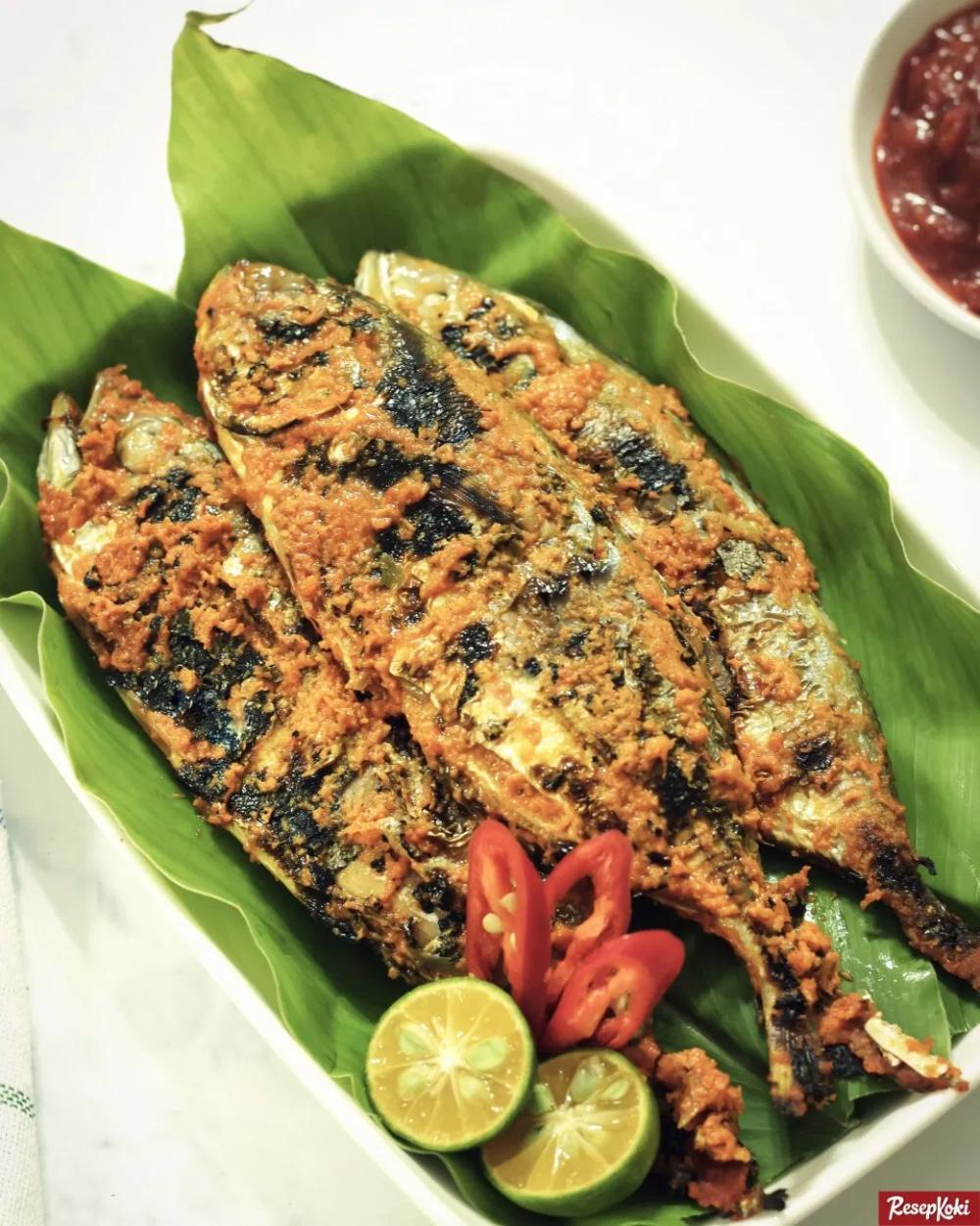 Azie Kitchen Telur Ikan Goreng Berempah Sedap Resep Masakan Malaysia Resep Masakan Asia Resep Makanan Asia