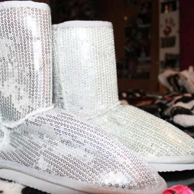 Silver sequenced boots