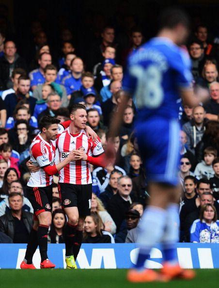 Connor Wickham of Sunderland celebrates scoring during the Barclays... ニュース写真 485607457