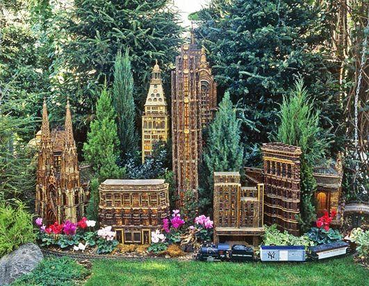 7c69b1fe42c178d48ef90286d8d8d3cb - Holiday Train Show Ny Botanical Gardens