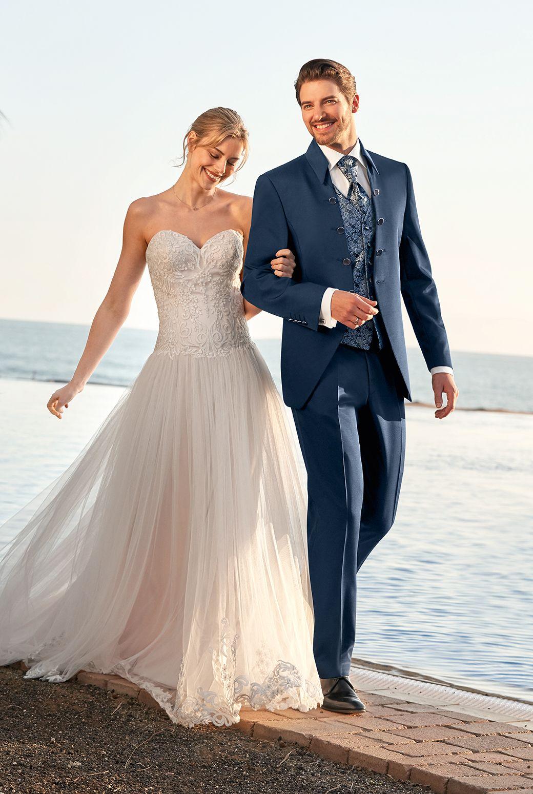 Wilvorst Aftersix Echtemomente Weddingguide Hochzeitsanzug Weddingsuit Hochzeit Wedding Brautigam Gr Hochzeitsanzug Anzug Hochzeit Brautigam Kleidung
