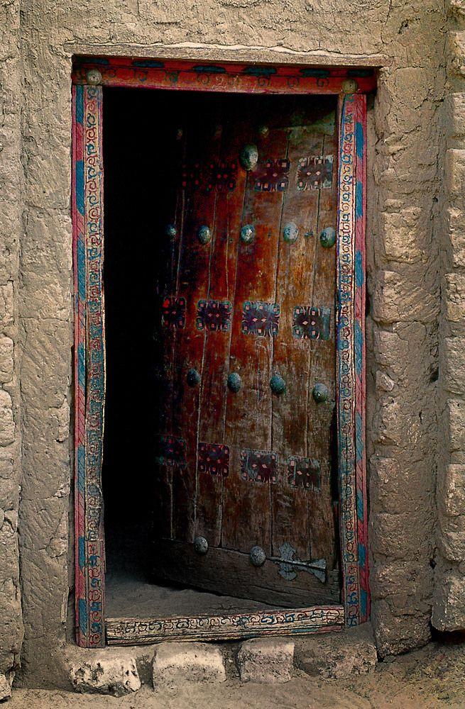 Eine Der Unzähligen Türen Von Timbuktu Von Urs Leuenberger