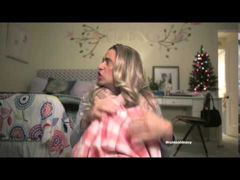 love this commercial lol old navy presents christmas haul starring fred armisen canada - Old Navy Christmas Commercial