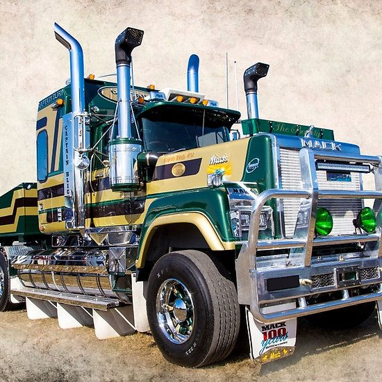 Mack Truck Rod Before And After: SUPERLINER Mack's