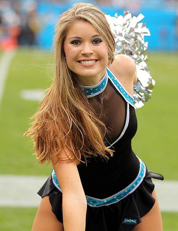 Carolina Panthers Cheerleader  6ee50b7db