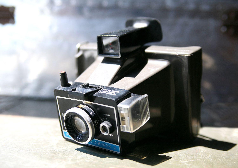 vintage polaroid colorpack ii camera camera 39 s pinterest polaroid cameras and vintage. Black Bedroom Furniture Sets. Home Design Ideas