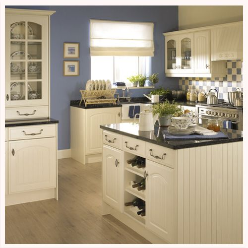 Traditional Off White Kitchen Cabinets: Traditional Kitchen Styles