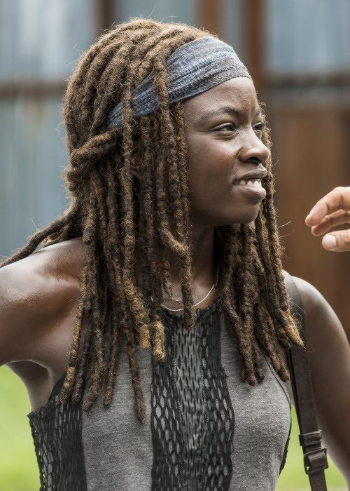 """ Danai Gurira as Michonne behind the scenes of The Walking Dead Season 7 Episode 9 