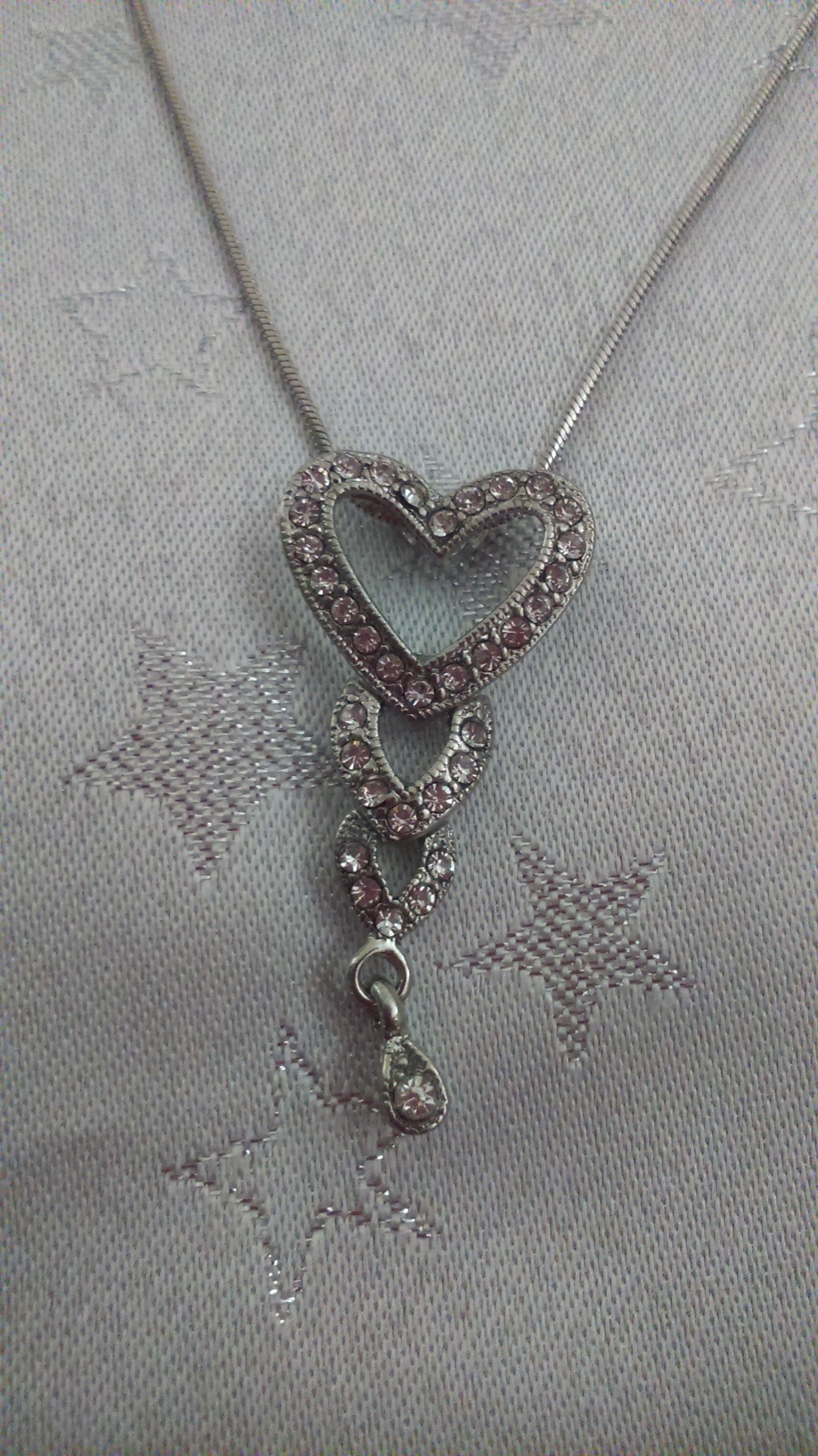 This is one of our new costume jewellery pieces which has just come into our shop this week.