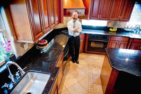 Everythingu0027s Kosher In These Stylish And Traditional Kitchens Part 51