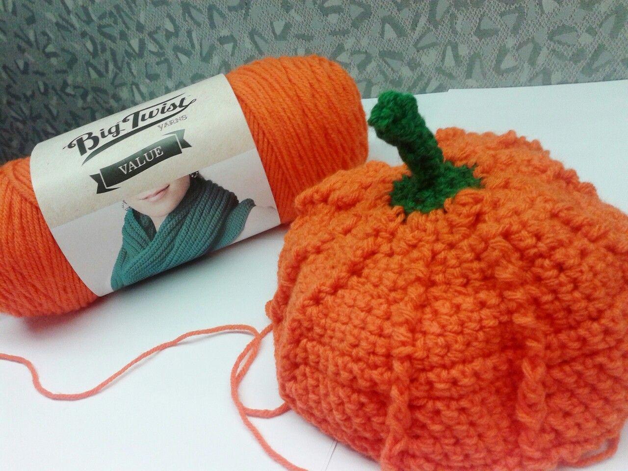 Joann Fabric's Big Twist Yarn : crochet