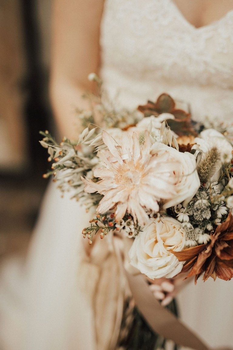 Modern Neutral Colored Wedding in 2020 (With images