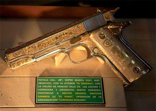 Colt 38super Edicion Especial Pancho Villa En Acado De Oro Y