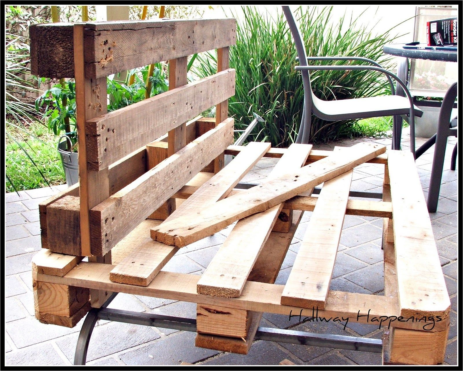40 diy ideas outdoor furniture made from pallets | home outdoor