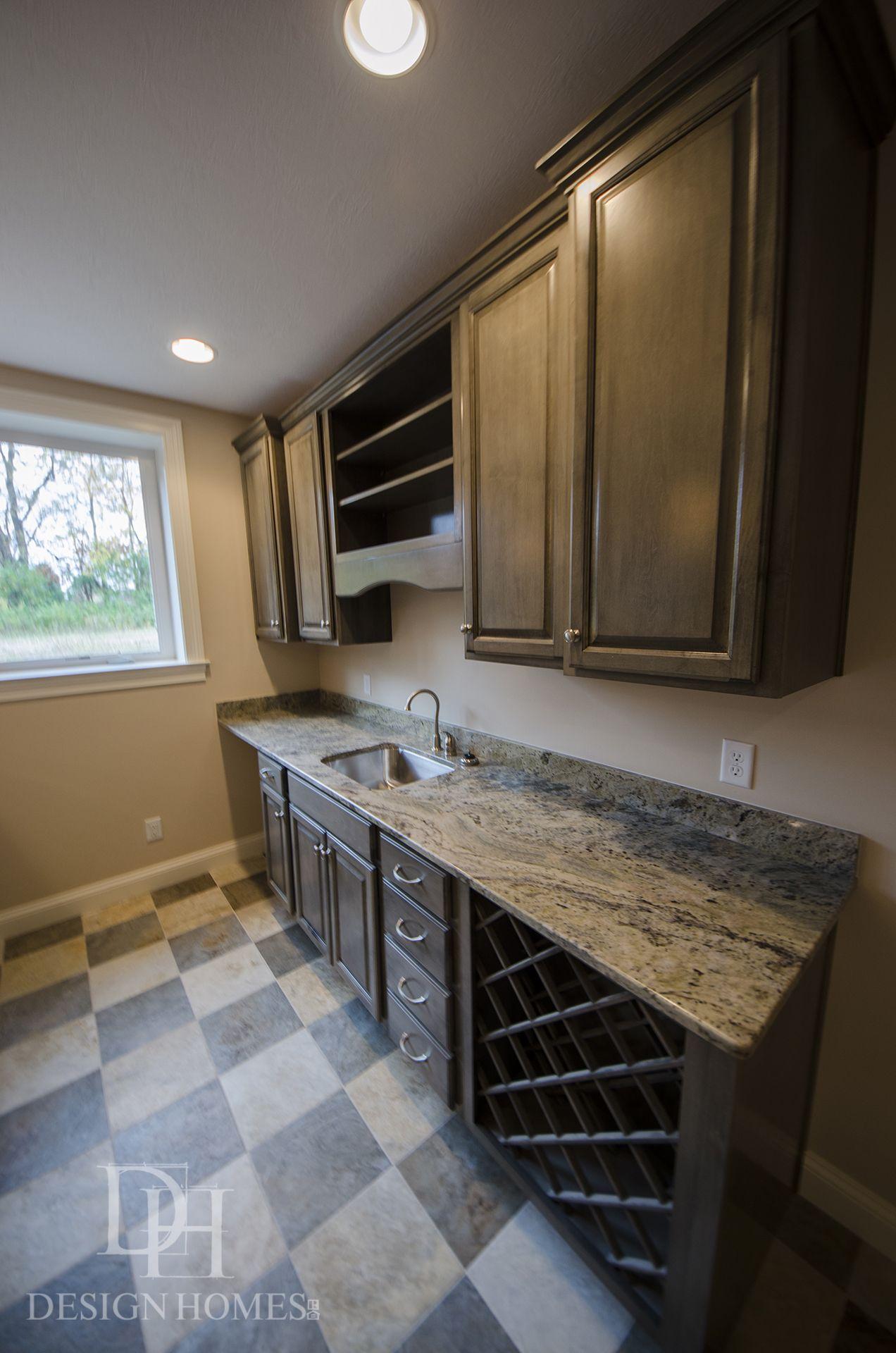 Custom built wet bar by Design Homes & Development Co. - Dayton ...