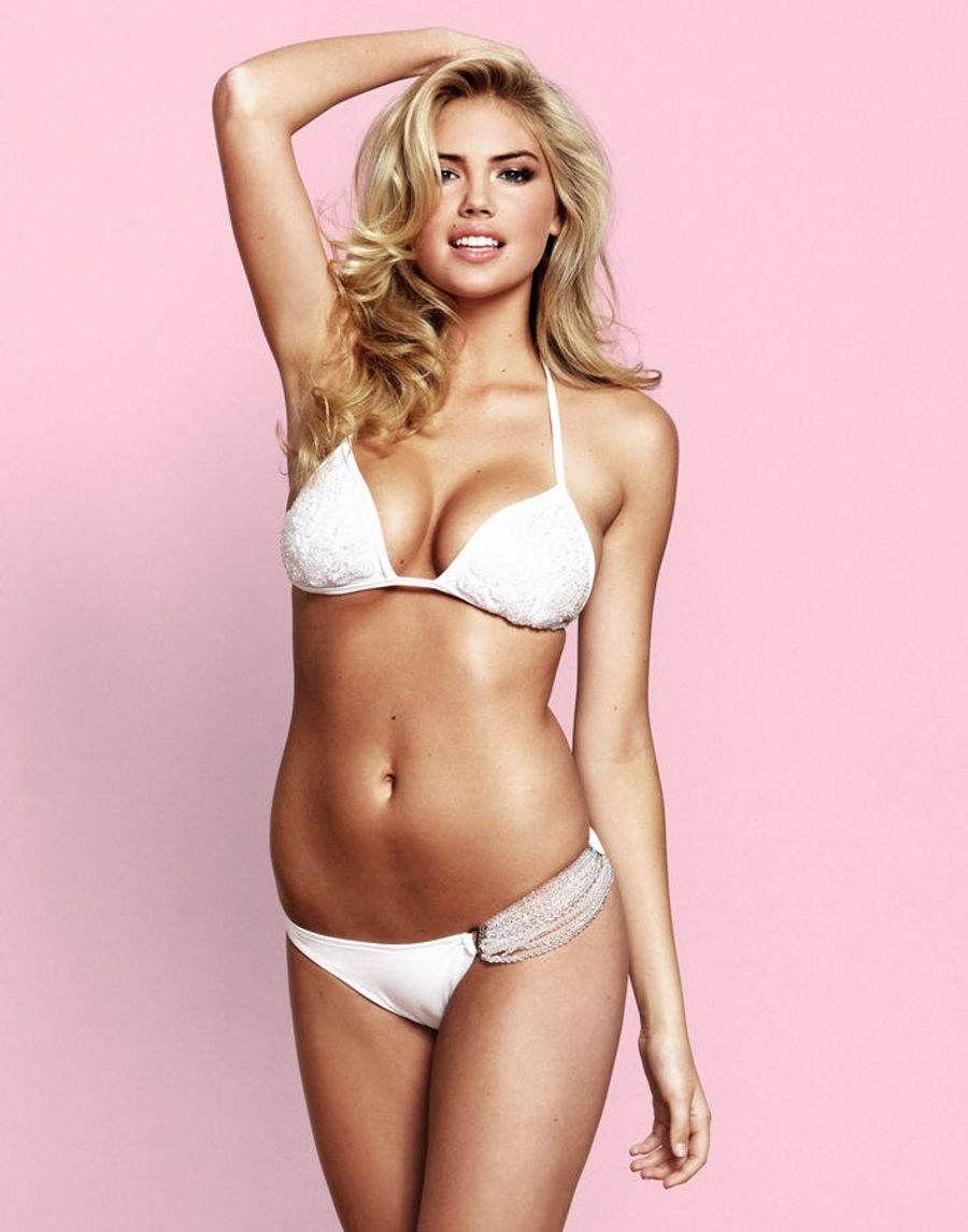 amber-heard-white-bikini-nude-student-blowjob