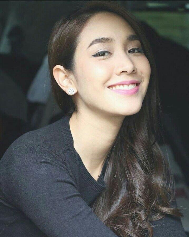Min Pechaya ความงาม สวย นางแบบ