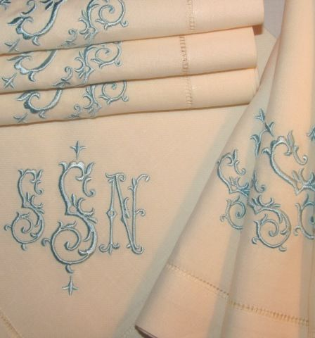 SIGNATURE ISABELLA MONOGRAMMED TABLE LINENS