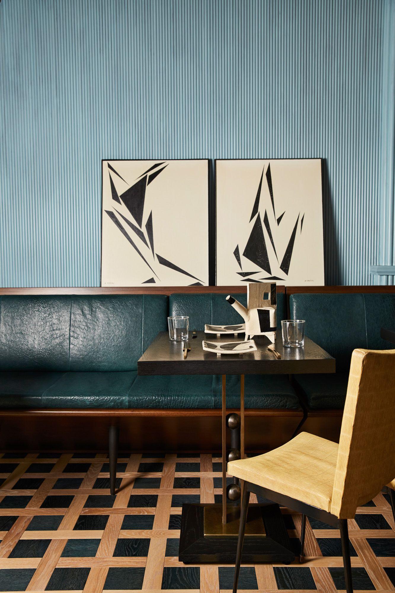 Artful dinner settings kellywearstlerinteriordesign interior design inspiration modern interior design color inspiration