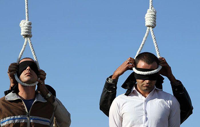Iran 04 01 2015 Three Men Hanged In Public In Northeastern Town Iran Human Rights Womens March