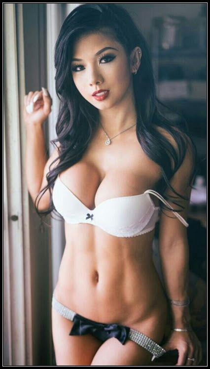 Vimeo sexy girl Nikki Bella