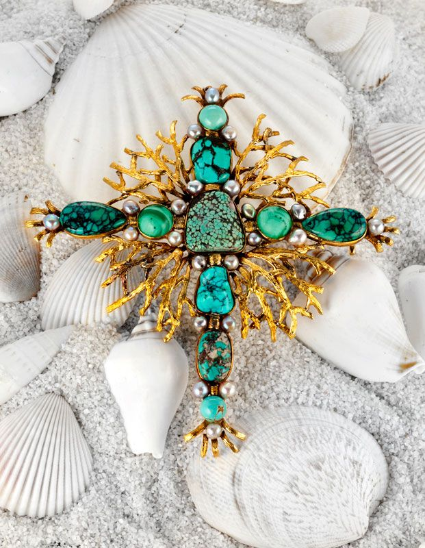 """""""Neptune's Cross"""" brooch made of turquoise, malachite, cultured black pearl and 18K gold."""