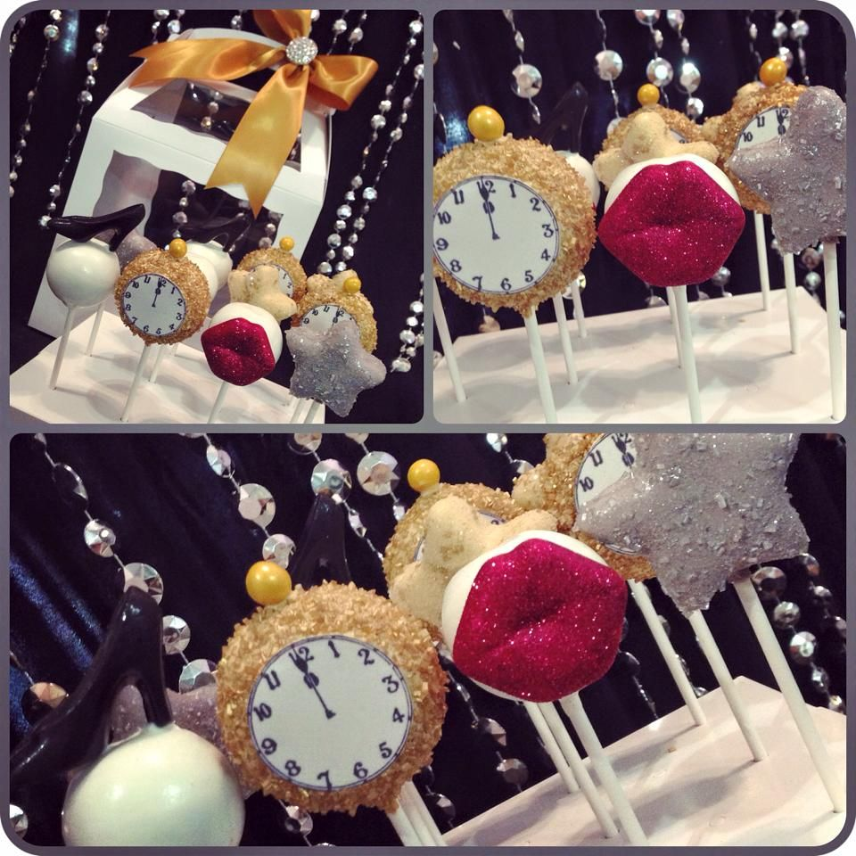 New Year's Eve cake pops | Christmas cake pops, New year's ...