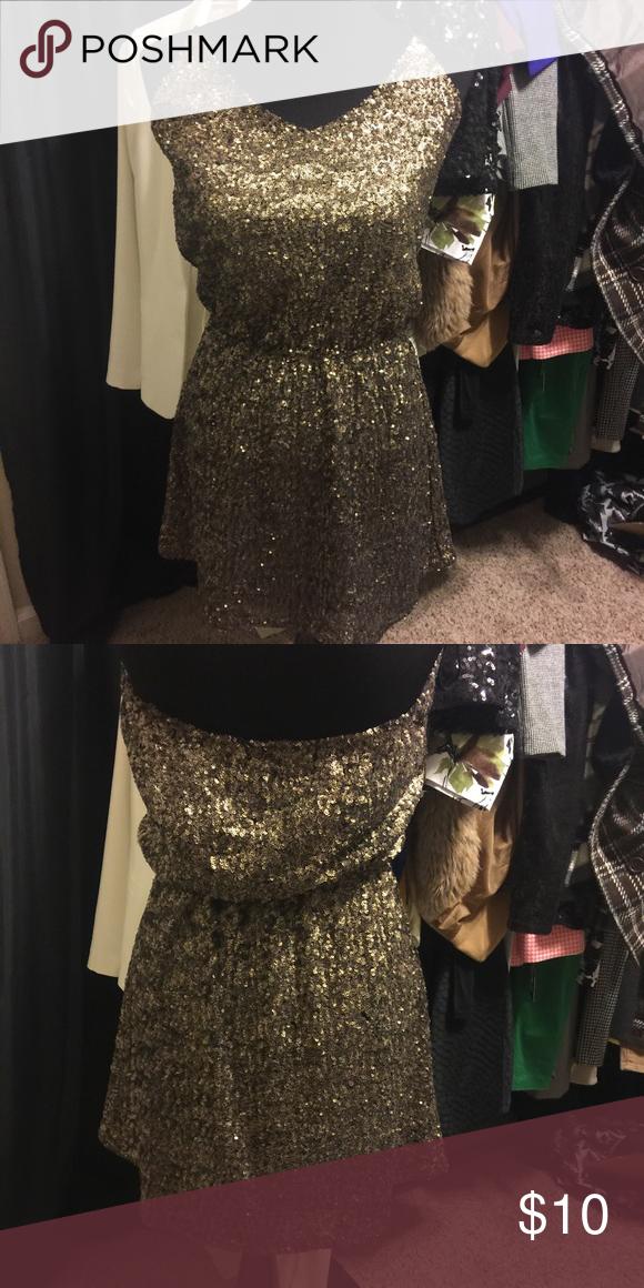 Gorgeous Gold Sequins dress Gold Sequins dress Honey Punch Dresses Backless