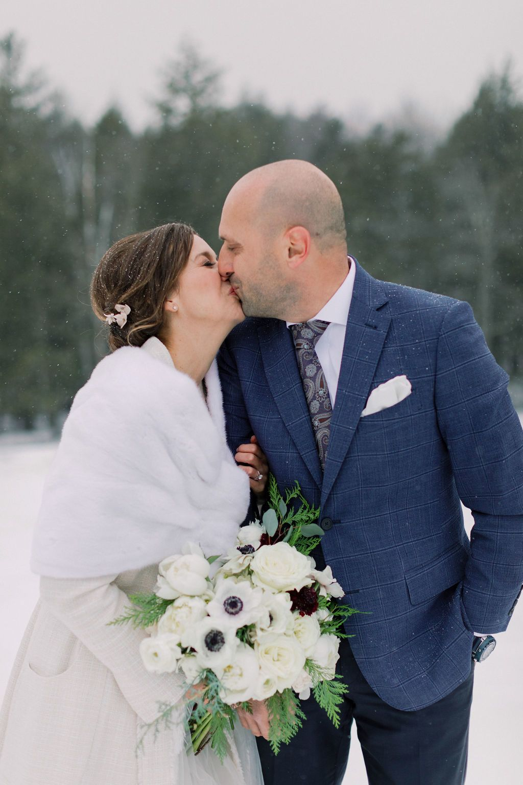 You Can Feel The Love At This Winter Wonderland Wedding ...