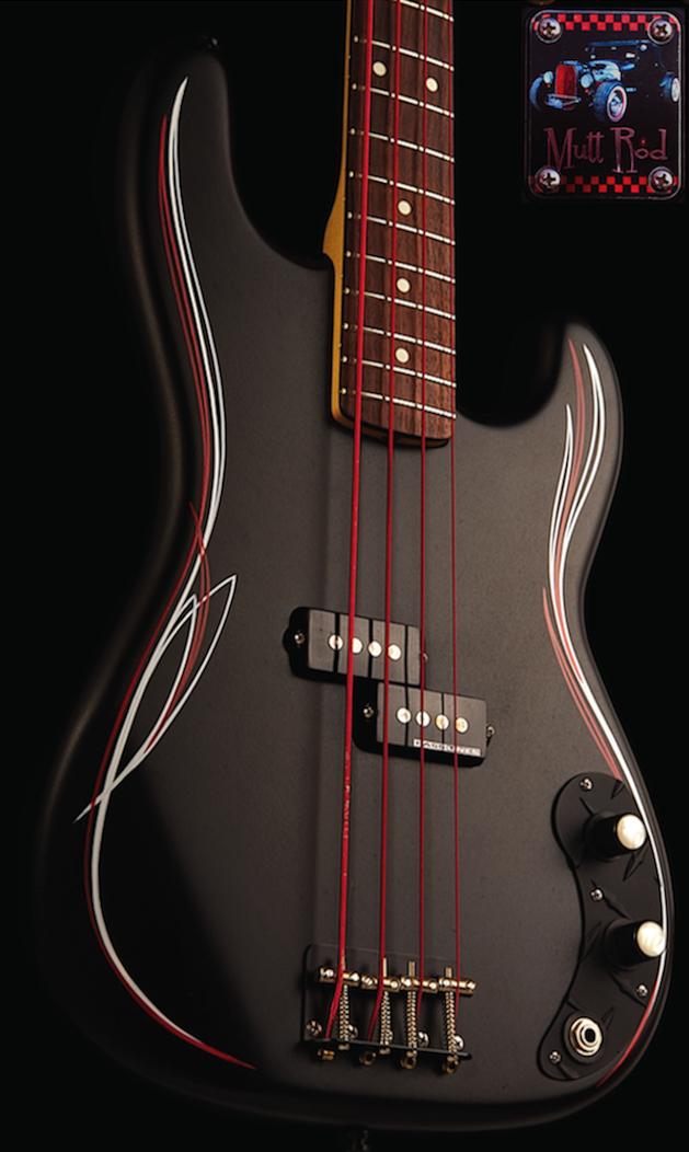 Air Brushing A Bass Guitar Guitar Bass Guitar Cool Guitar