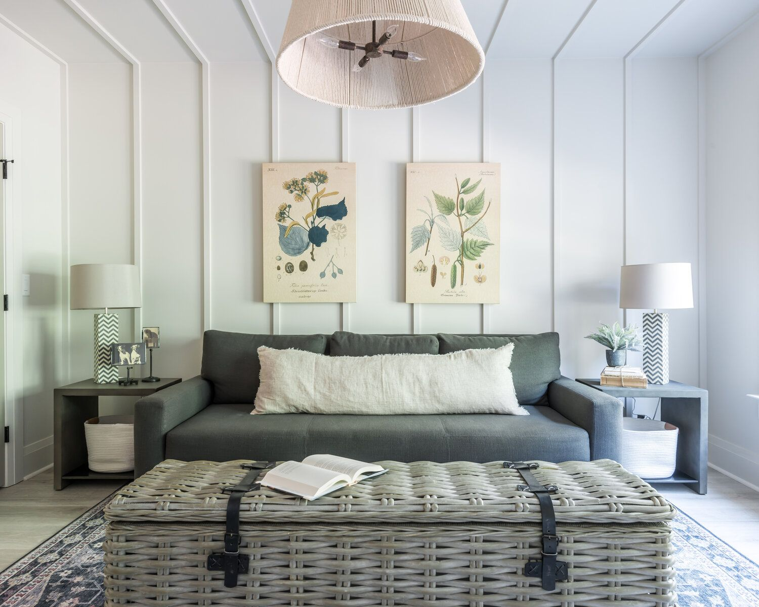 Creating a guest room interior design pull