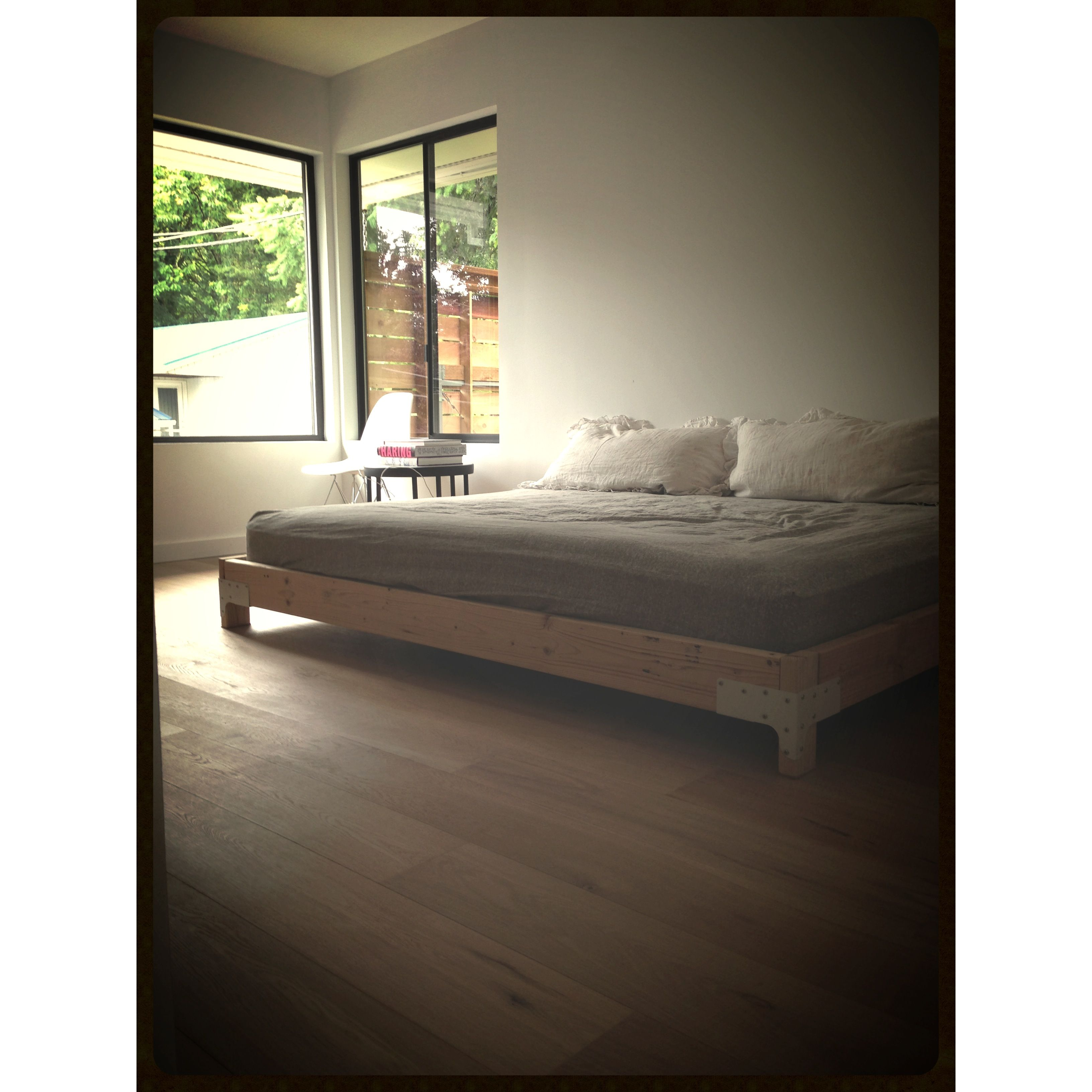 DIY Bed frame. 2x6\'s 2x4\'s and ESR-2523 strongties sprayed in white ...
