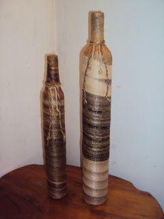 MARINA-ARTS ARTESANATO COM FIBRA DA BANANEIRA: Garrafas revestidas em fibra de bananeira