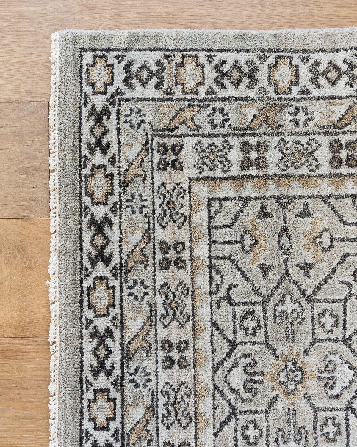 Columbia Hand Knotted Rug In 2020 Hand Knotted Rugs Rugs Western Rugs