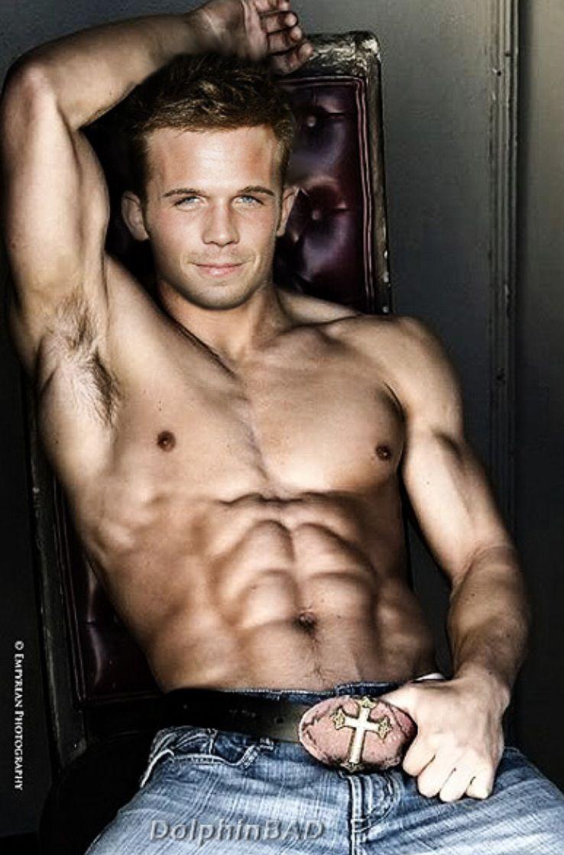 CAM: Muscle Men