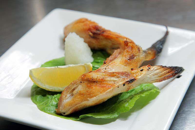 Hamachi kama yellowtail collar food how to cook rice