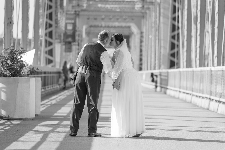 Newport Of The Levee Wedding Ideas Kentucky Cincinnati Wedding Photographers Cincinnati Weddings Cincinnati Wedding Photos