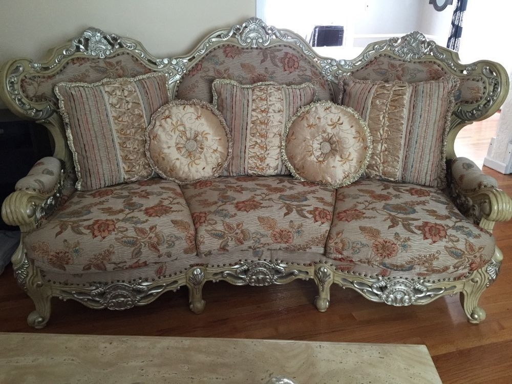 Attrayant Traditional Living Room, 3 Piece Beige Sofa Set By Huffman Koos
