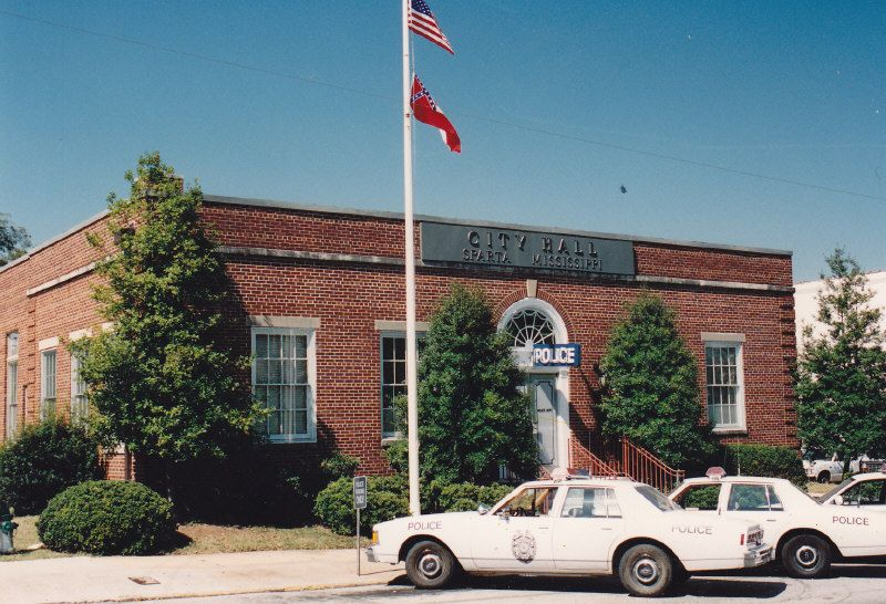 Former public library in covington ga that was used as