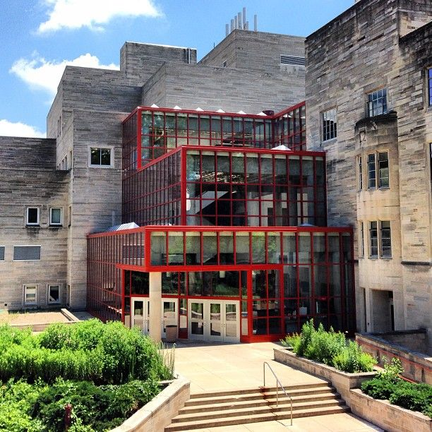Jordan Hall The Home Of Our Department Of Biology Is Equal Parts High Tech And Hi Indiana University Campus Indiana University Bloomington Indiana University