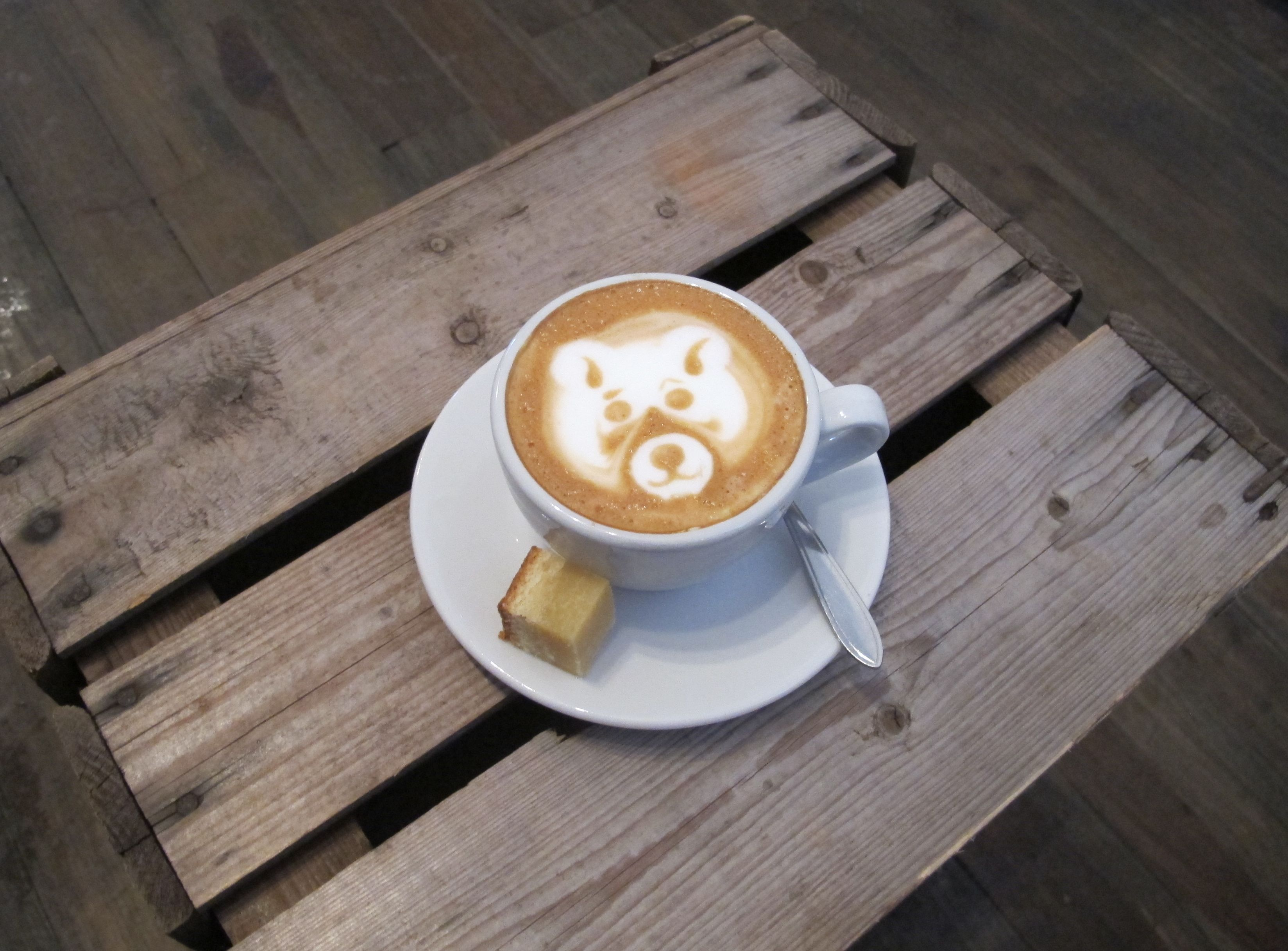 Trakteren - This great specialty coffee shop in Amsterdam's Oud West makes some pretty awesome latte art, too.