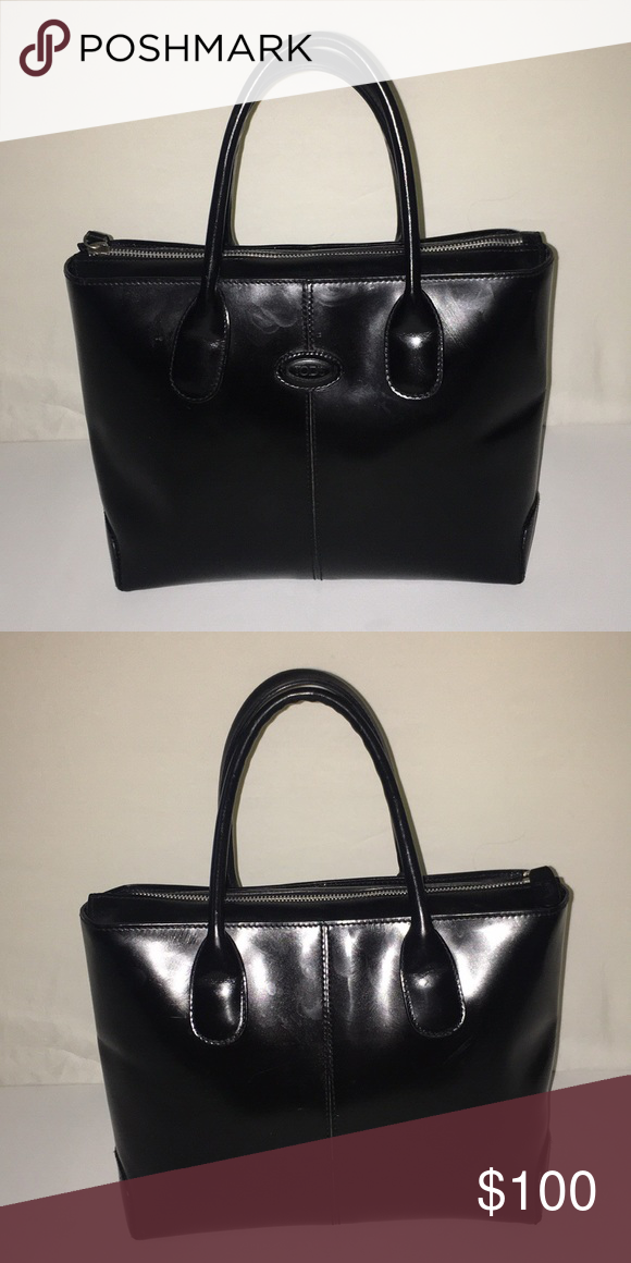 b55af6016e5 Tods black leather purse Tods black leather purse Measurements Width 14  inches Depth 10 inches Length from handles 15 inches Tod's Bags Totes