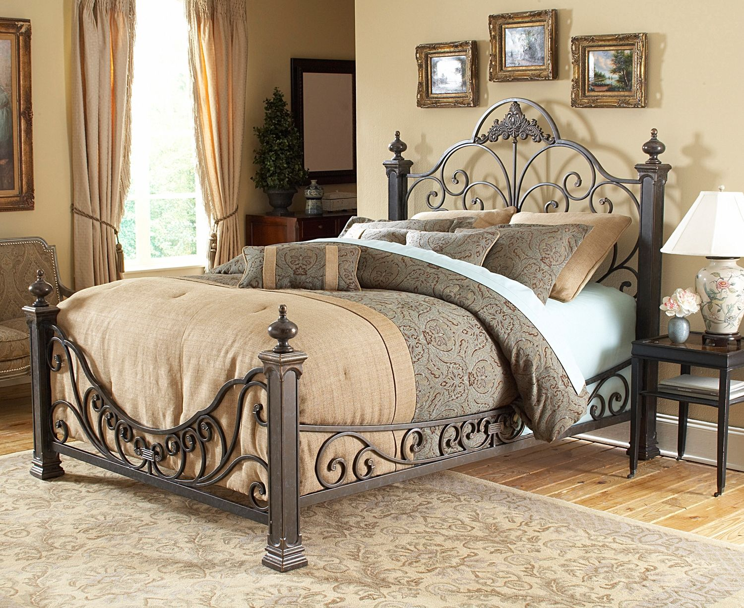 Best Talon Bedroom King Bed Leon S Headboards For My Bed 400 x 300