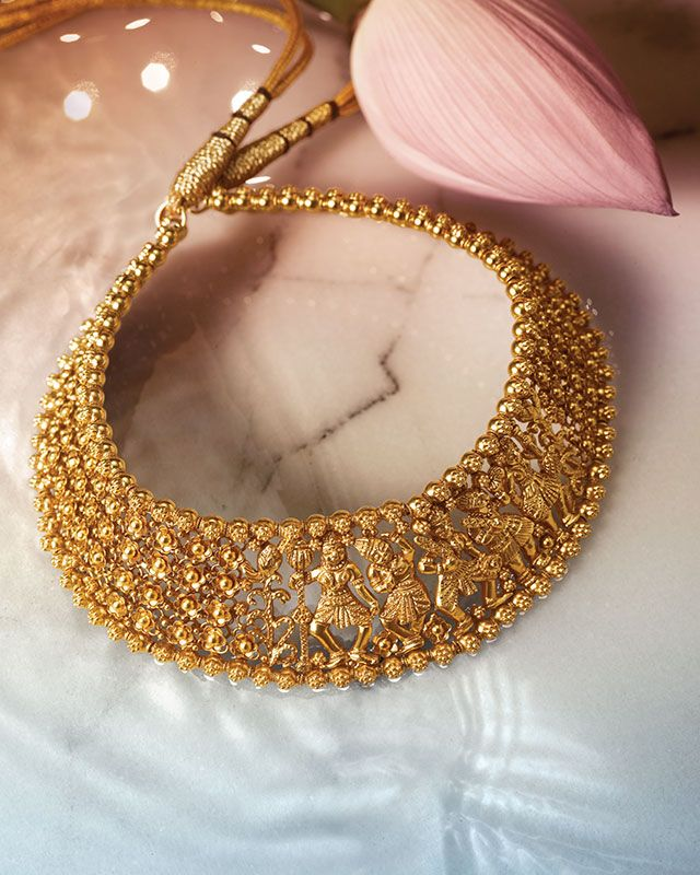 Love the details in this necklace by Tanishq. Gold jewellery ...