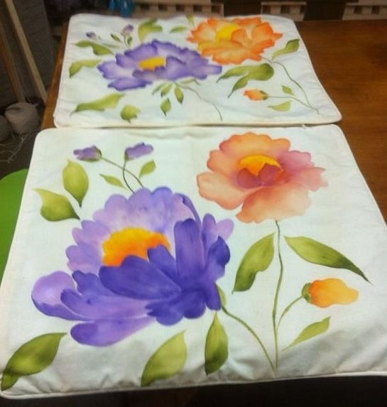 Cojines pintados a mano cojines pintados pinterest pintar tela y pintura en tela - Cojines pintados a mano ...