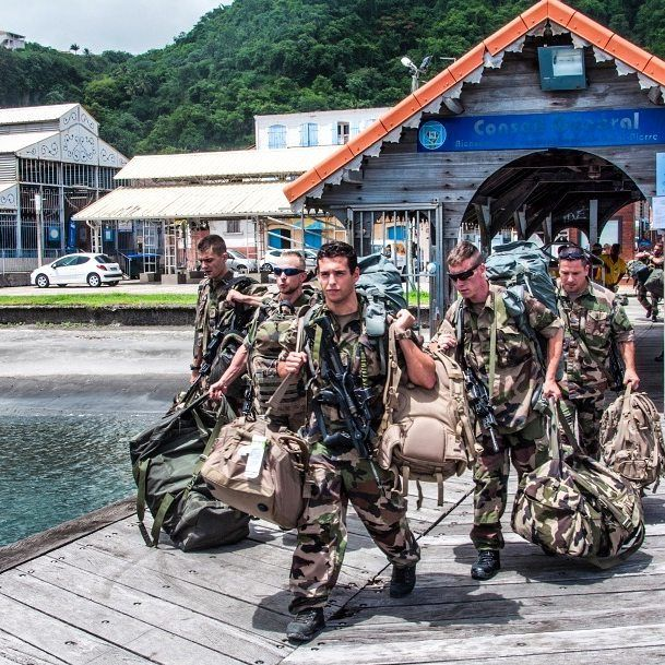 Instagram Photo By Armee De Terre Jul 11 2016 At 2 32pm Utc Legion Etrangere Soldier Armed Forces
