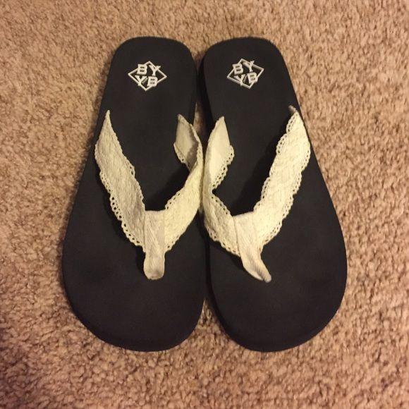 Lace flip flops Very comfy Shoes