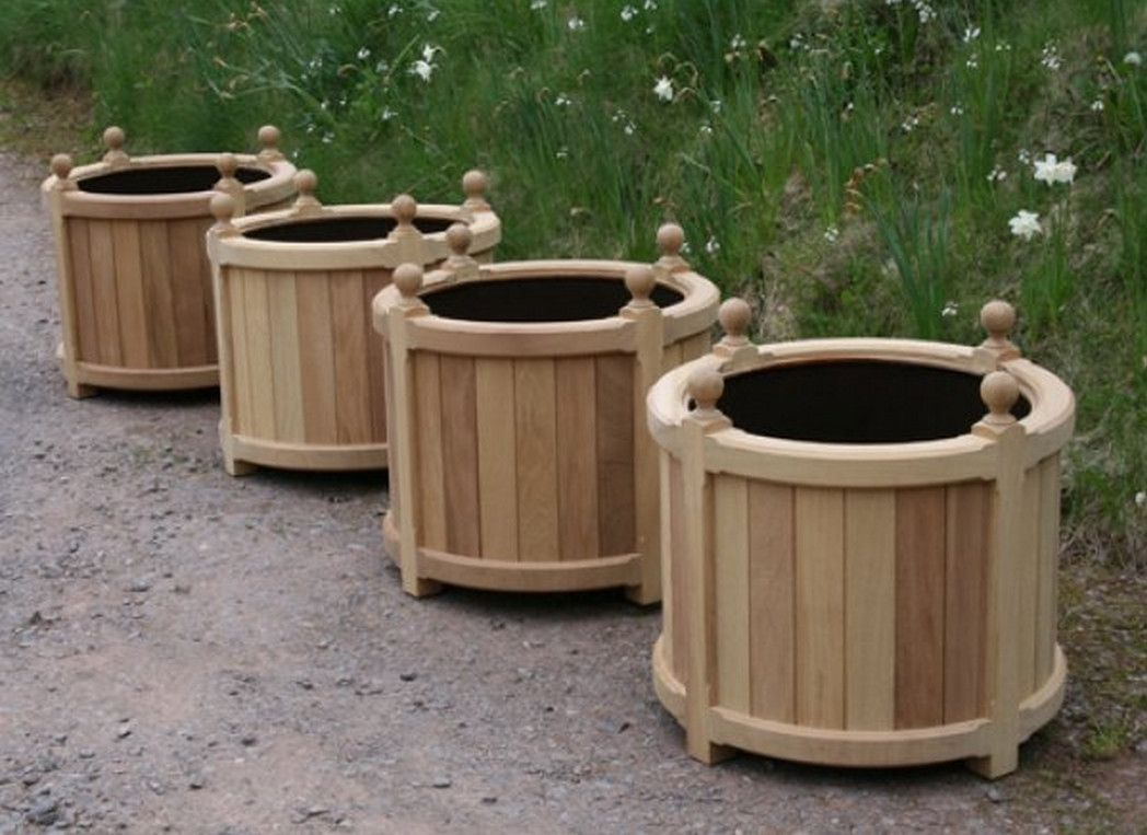 Round Wooden Planters How To Make Wooden Planter Boxes Waterproof