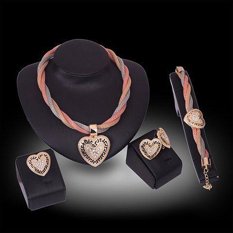 Um Terno de moda Rhinestone oco Out Corações Colar Pulseira anel e brincos para mulheres
